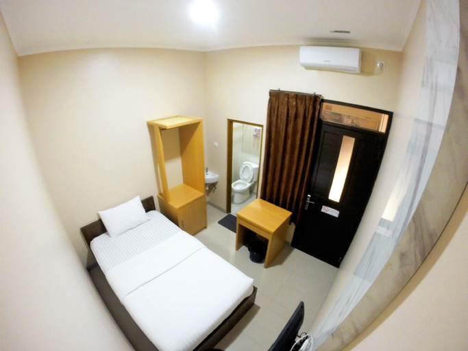 Shofy Guest House, Subang