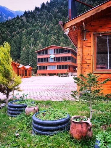 Sekersu Hotel, Çaykara