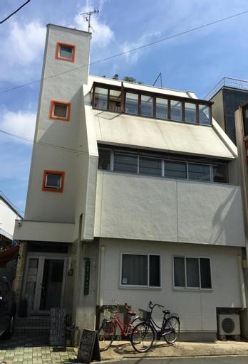Bonsai Guest House, Osaka