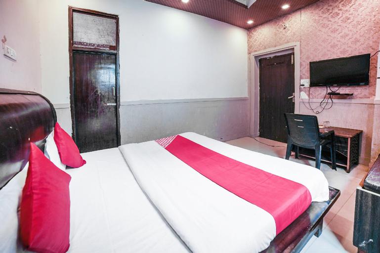 OYO 75387 Hotel Satkar, Saharanpur