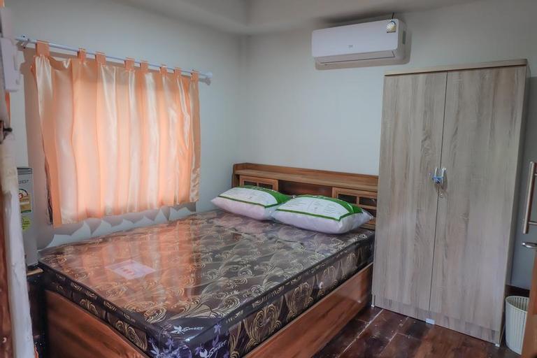 Romyen house - ร่มเย็นเฮ้าส์, Na Klang