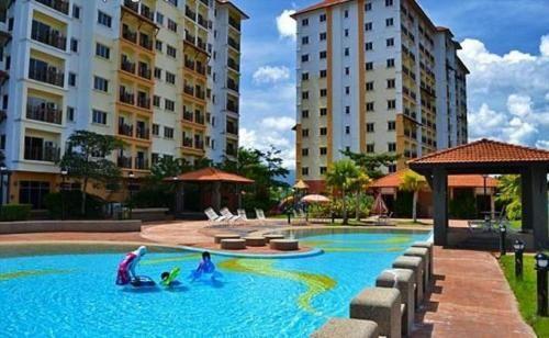 Suria Apartment 7142 Bukit Merah, Kerian