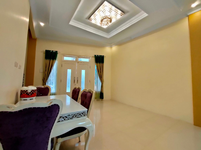 Villa Hayat ( Khusus Family), Bogor