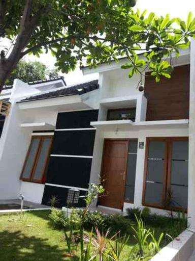 Two Bedroom Villa 1 at Greenhills Family , Malang