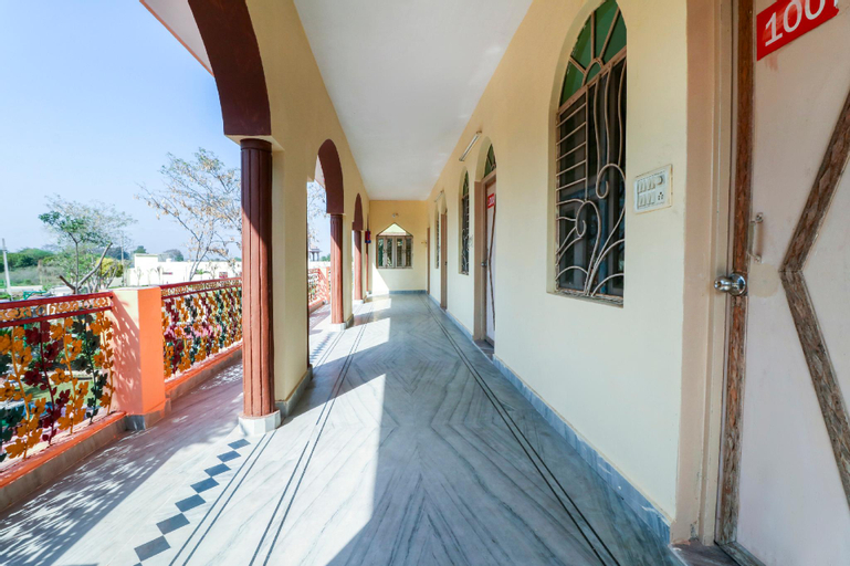OYO 70551 The Haveli Palace, Ghaziabad