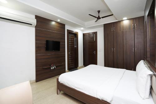 SPOT ON 72994 Hotel New Grand, Kancheepuram