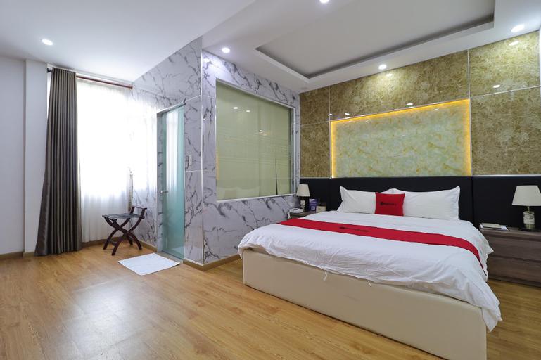 RedDoorz Plus Vienna Hotel, Binh Tan