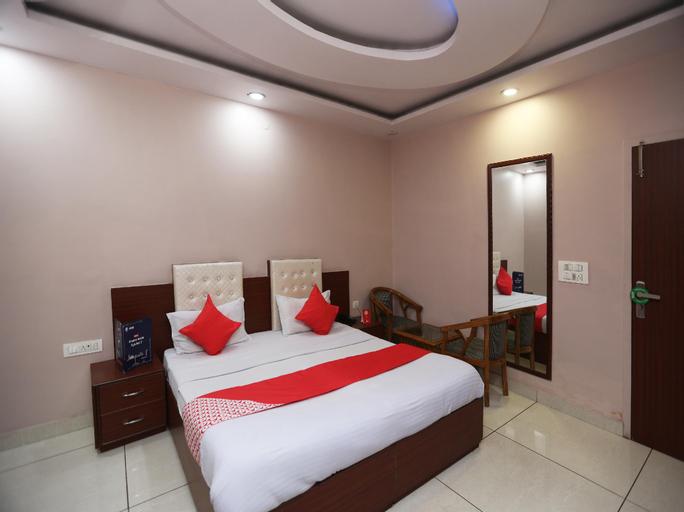 OYO 7831 Hotel King's, Rohtak
