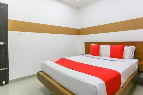 OYO 69396 Michaels Residency, Kottayam