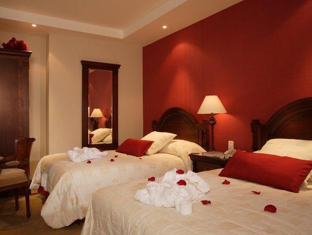 Grand Victoria Boutique Hotel, Loja