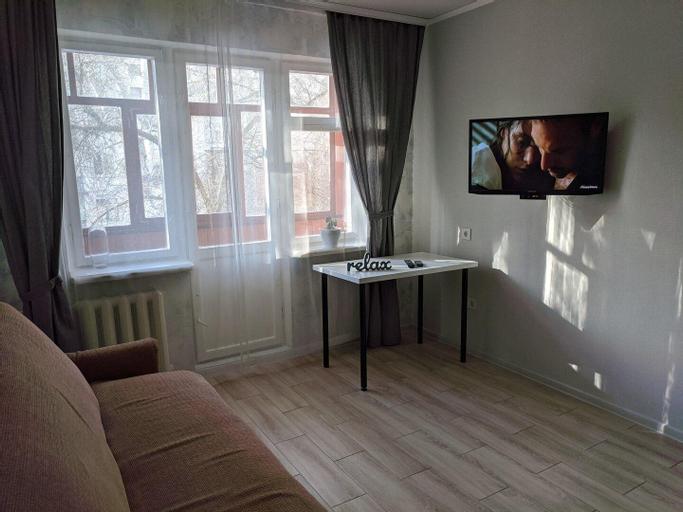 Comfortable apartment in center near pool, Chernihivs'ka
