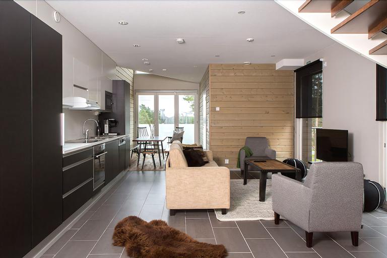 Sandy Kelt, Irish House Apartments, Northern Ostrobothnia