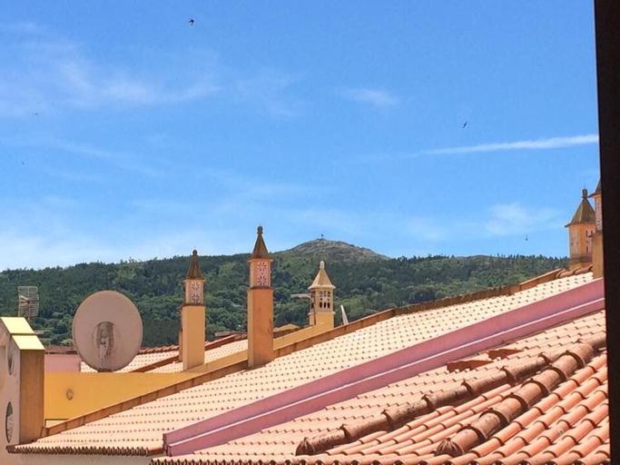 Estrela de Monchique, Monchique
