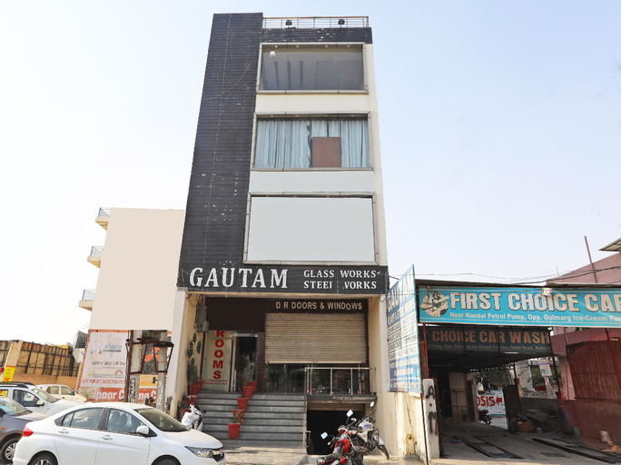 Capital O 2616 Hotel Golden Sand, Rohtak