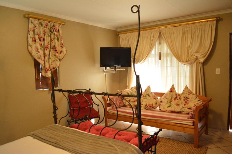 Quiet & Quick Breakaway to a Honeymoon Cottage, Ekurhuleni