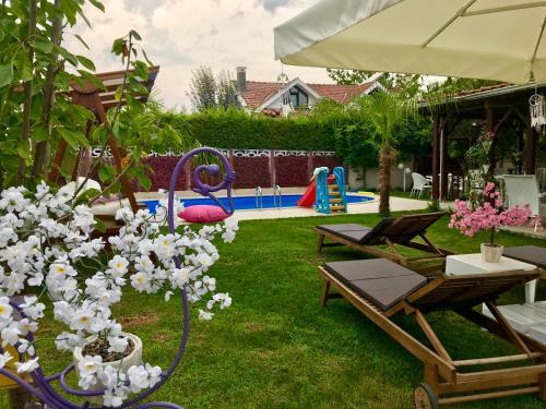 Villa Bade, Merkez