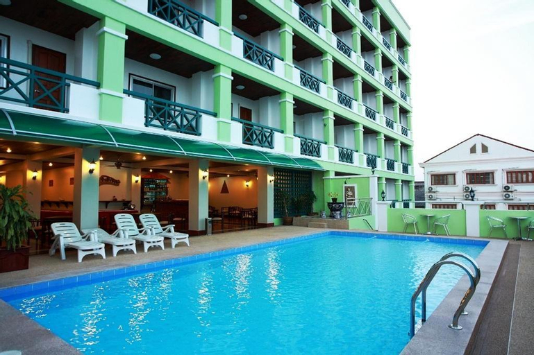 Vansana Riverside Hotel, Si Chiang Mai