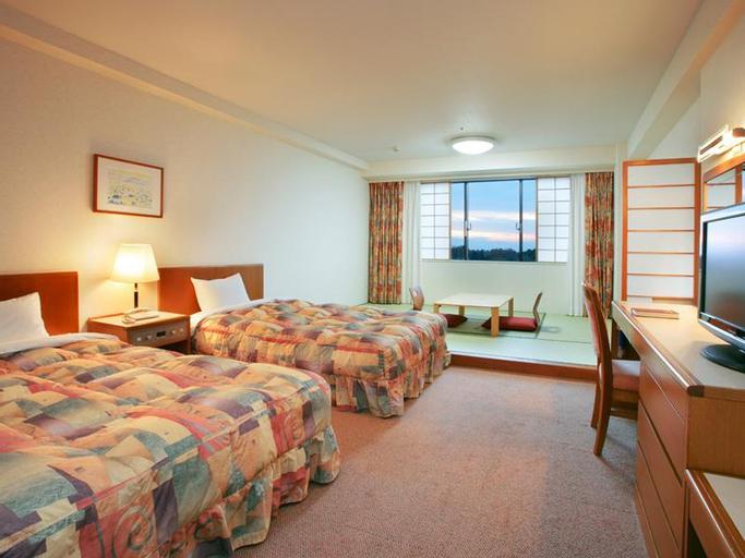 Royal Hotel TOYAMA TONAMI, Tonami