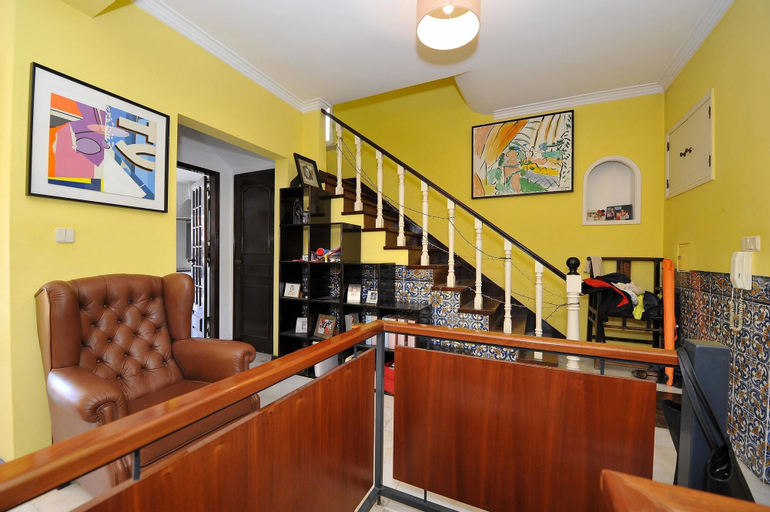 House With 5 Bedrooms in Lisbon, With Wonderful City View, Enclosed Garden and Wifi, Lisboa
