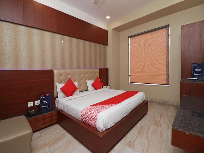 OYO 2594 Hotel Kanchan Residency, Mathura