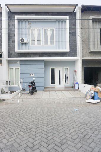 Surabaya Homey near Airport Syariah, Surabaya