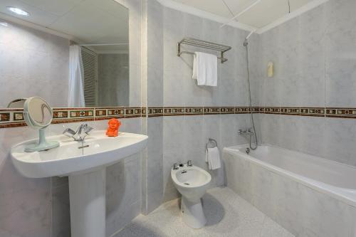 Hotel Riviera, Baleares