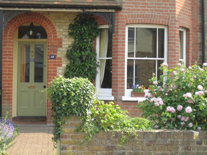 Grange Guest House, Hertfordshire