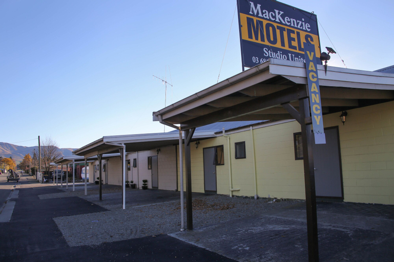 Mackenzie Motels, Mackenzie