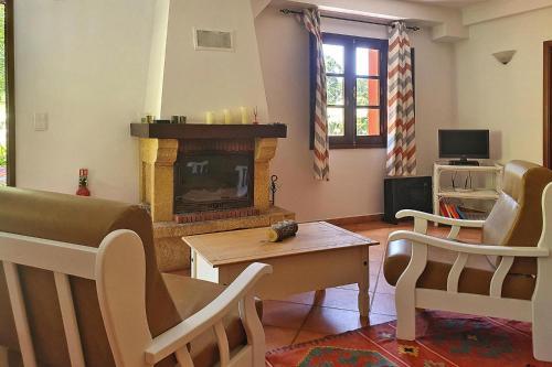 Holiday Home Camacha - FNC02011-F, Santa Cruz