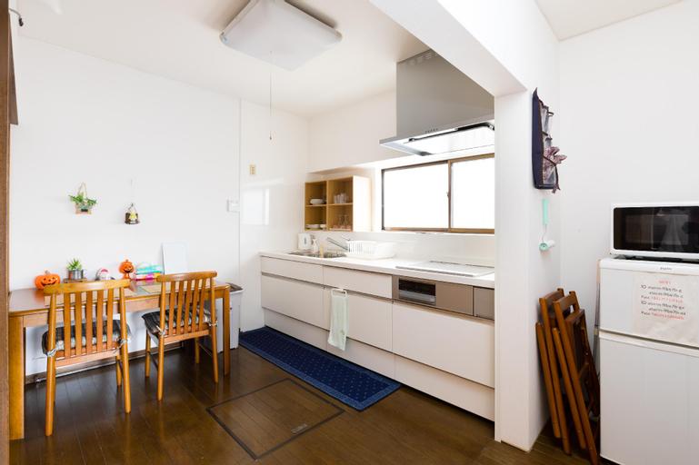 A and Z GUEST HOUSE, Kaizuka