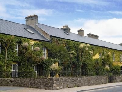 Dunraven Arms Hotel,