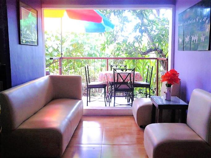 RIDO Apt & Res (Kwarto Amores)+Free pick-up & VV , Zamboanga City