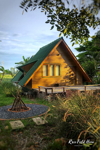 Rice Field Home Farmstay and Cafe, Nong Saeng