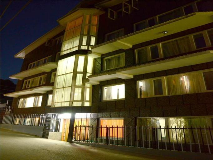 Hotel Pacific, Srinagar