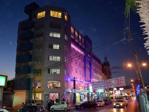 Seven Days Hotel, Wastiyyeh