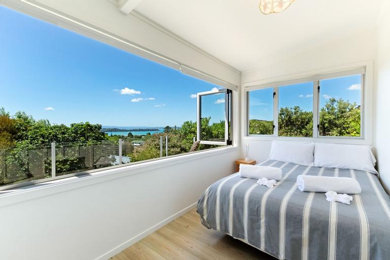 Tiri Cottage, Auckland