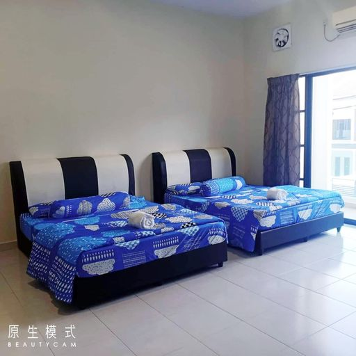 No 80 Private Room TWIN DOUBLE BED @ 4 PAX, Manjung