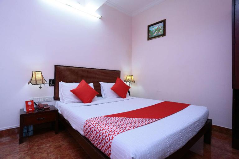 OYO 16726 Ammu Regency, Thrissur