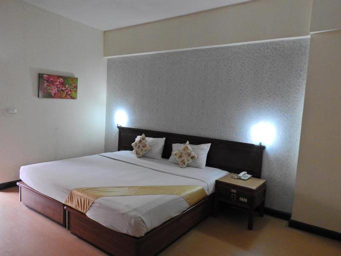 Ratchada City Hotel, Huai Kwang