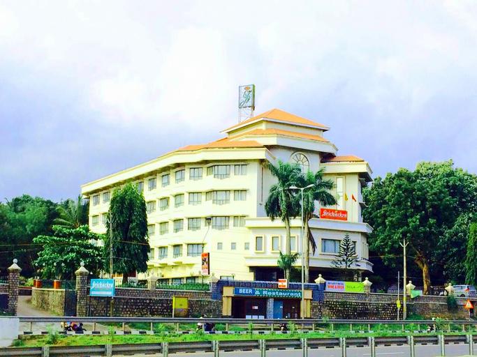 Sri Chakra International., Palakkad