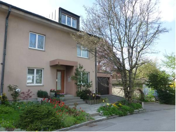 B&B Pappelweg - 2, Arlesheim