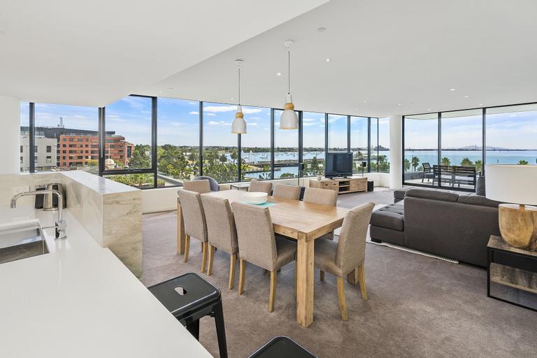 Edgewater Penthouse, Geelong
