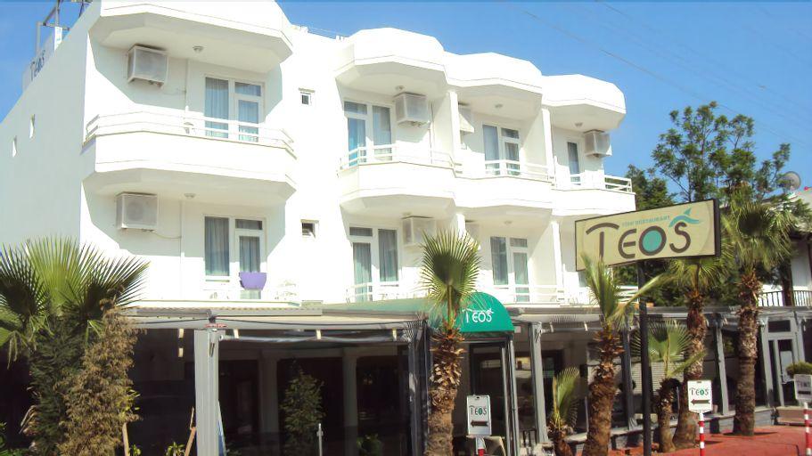 Teos Hotel, Merkez