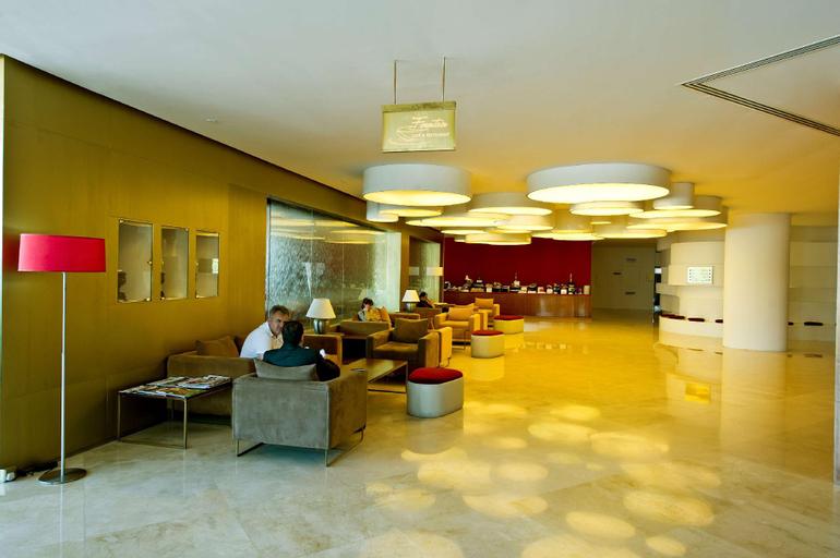 Al Bustan Centre & Residence,