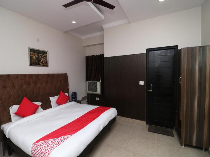 OYO 28423 The Uttam Hotel, Saharanpur