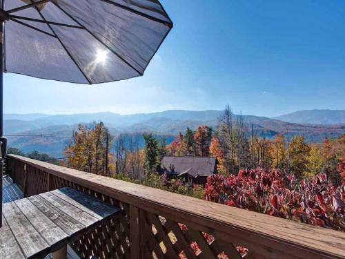 Alpine Windsong 2 Bedroom Home with Gas Fireplace, Sevier