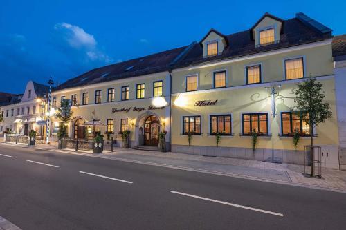 Hotel Bayerischer Lowe, Deggendorf