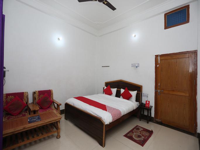 OYO 26852 Hanumant Palace, Faizabad