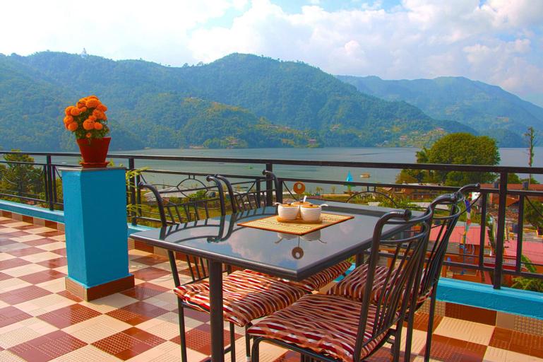 Hotel Adam, Gandaki