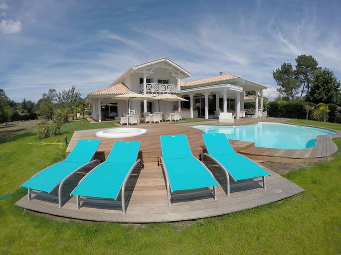 Villa Bora Bora, Gironde